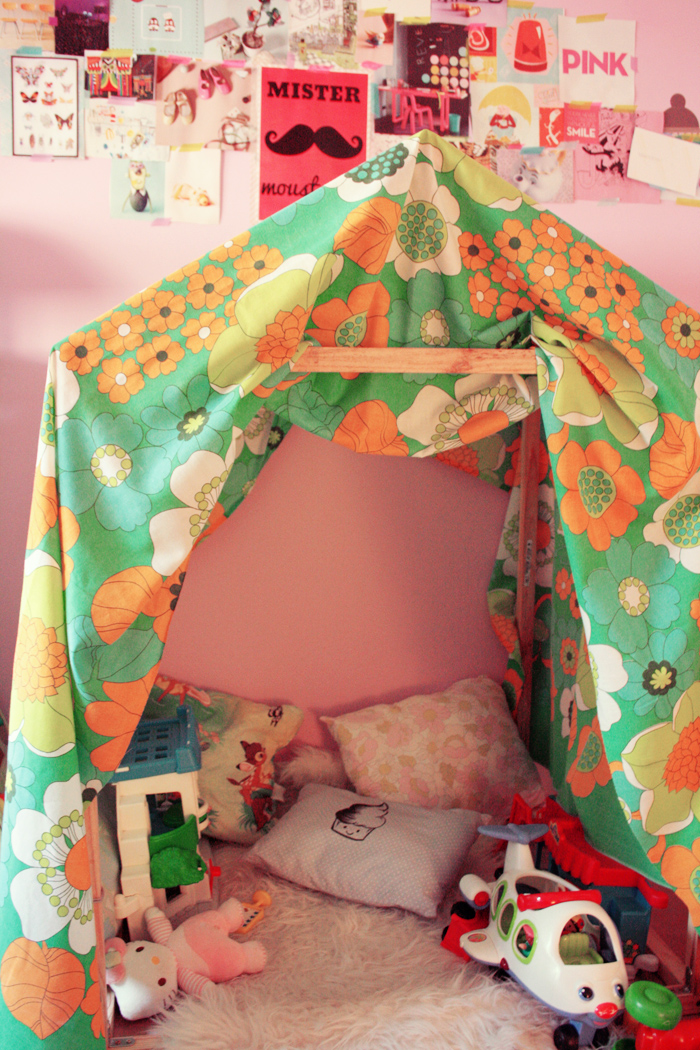 la cabane poulette magique. Black Bedroom Furniture Sets. Home Design Ideas