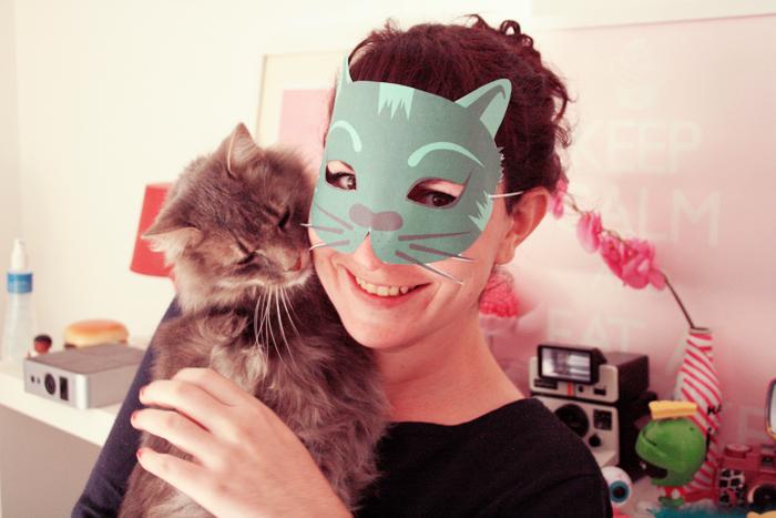 diy masque chat d 39 halloween t l charger poulette magique. Black Bedroom Furniture Sets. Home Design Ideas