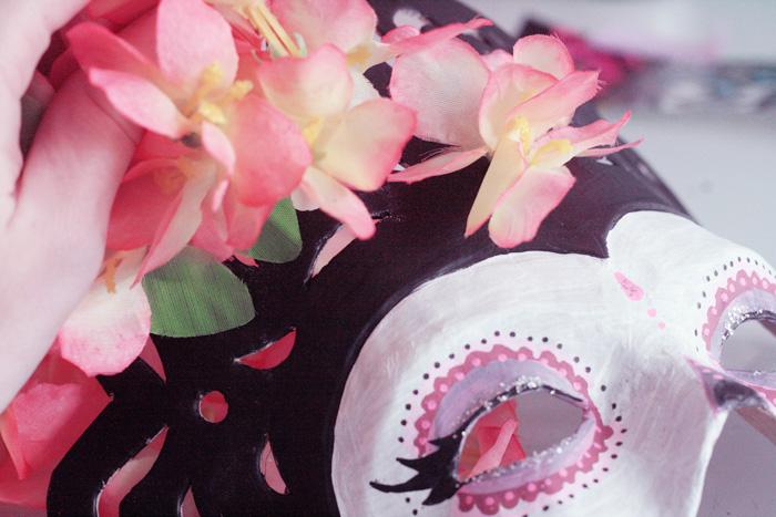diy un masque dia de los muertos pour le carnaval de rougier pl poulette magique. Black Bedroom Furniture Sets. Home Design Ideas