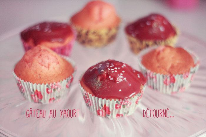 Le g teau au yaourt d tourn en cupcakes poulette magique - Faire un gateau au yaourt ...