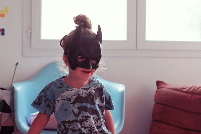 batman-girl-3