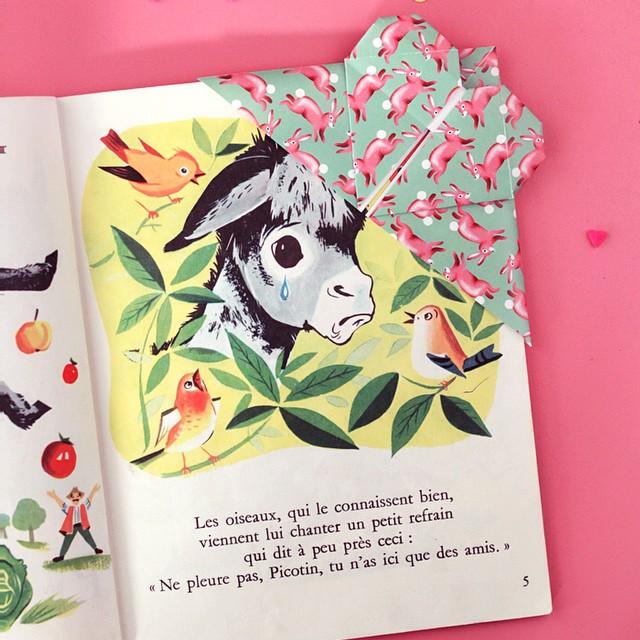 Sur le blog un DIY pour faire un marque pages ? en origami #poulettemagique #diy #origami