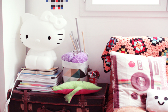 hello-kitty-lamp-5