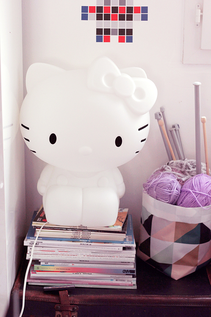 hello-kitty-lamp-7