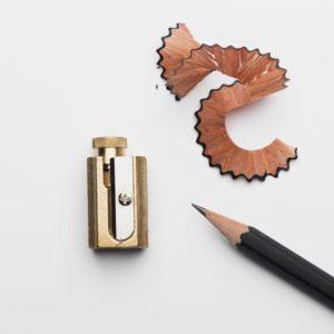 taille-crayon-de-precision-dux-en-laiton