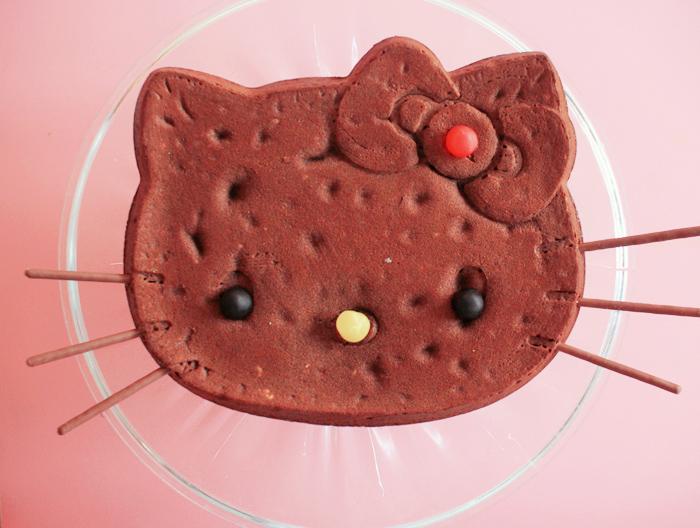 hello kitty cake-4