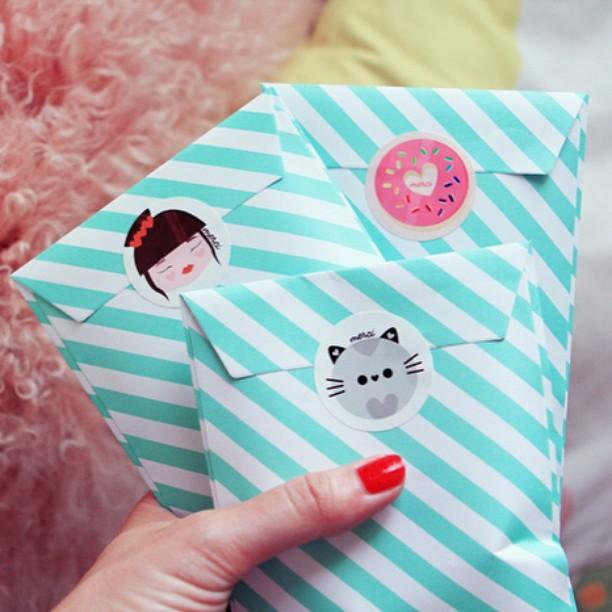Les pochettes cadeaux de dernire minute pour les Atsem ethellip