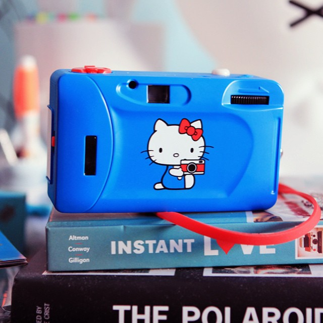 Say CHEESE ! to Kitty ! lomographicsociety lomography hellokitty