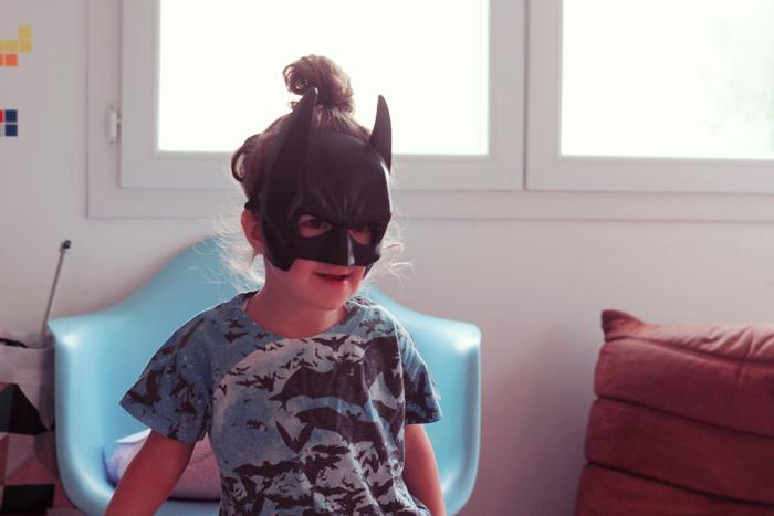 batman-girl-3