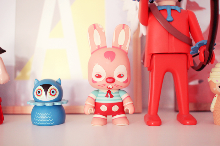 home-deco-girly-pastel-art-toys-6