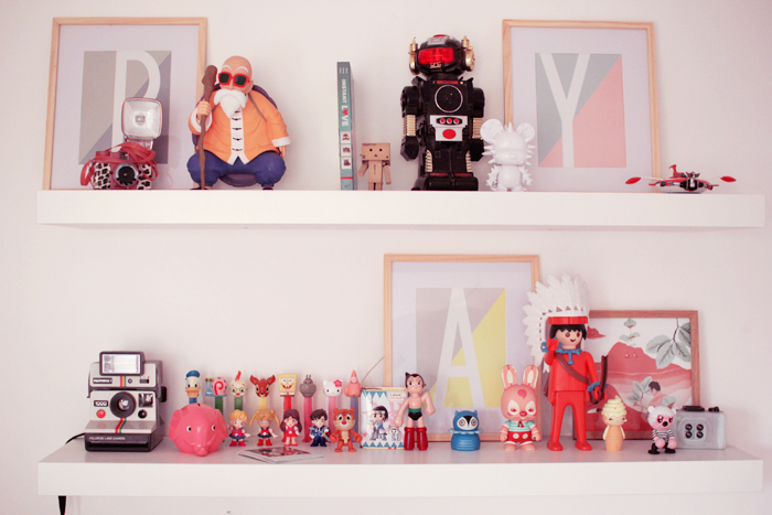 home-deco-girly-pastel-art-toys-8