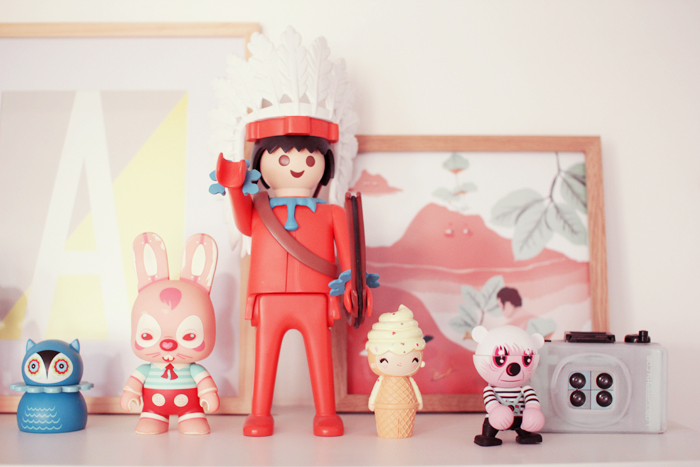 home-deco-girly-pastel-art-toys-9