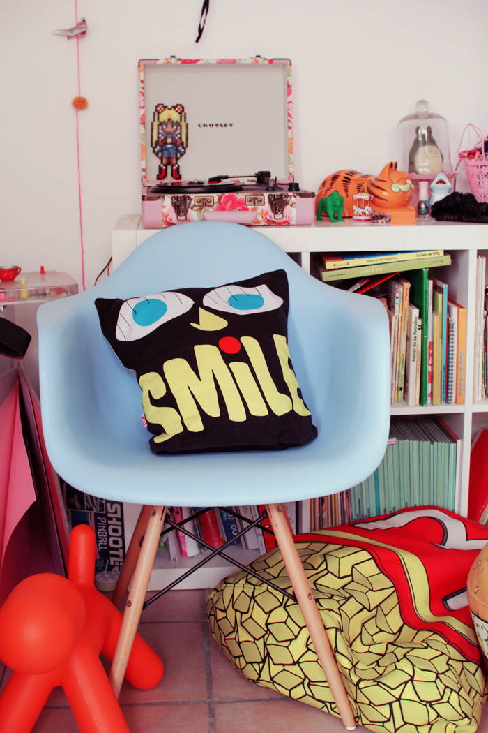 smile-rude-urbanoutfitters