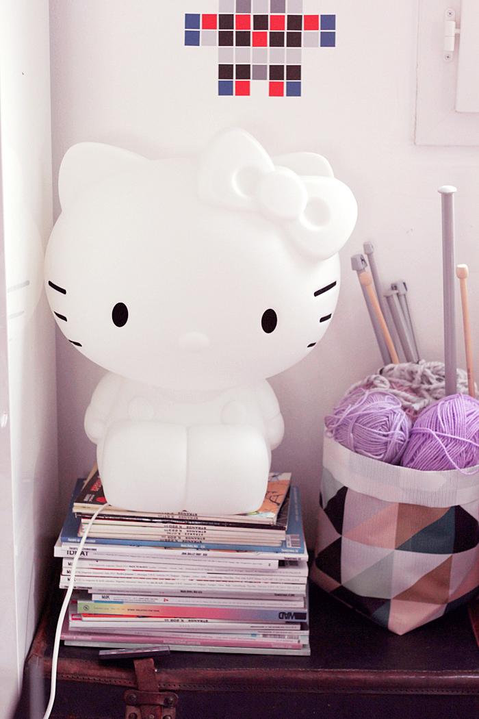 hello-kitty-lamp-7
